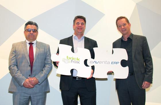 Günter Velten (N&V), Torsten Blümel (brickfox) und Jörg Nissen (N&V) setzten auf die Verknüpfung von ERP-System und E-Commerce-Middleware.